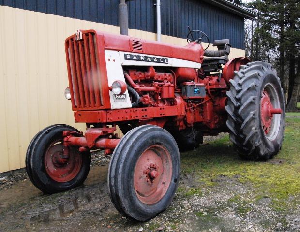 Farmall 806-2